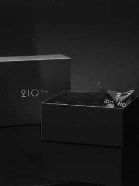 210TH EROTIC BOX LADIES